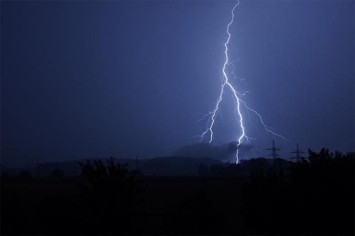 flash-of-lightning