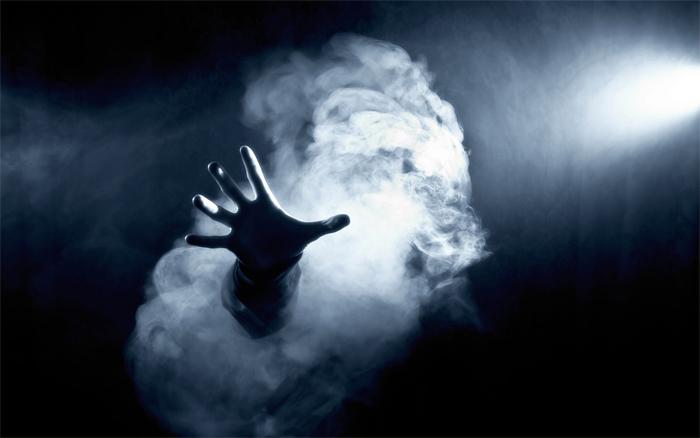 hand-in-smoke-dark-wallpapers